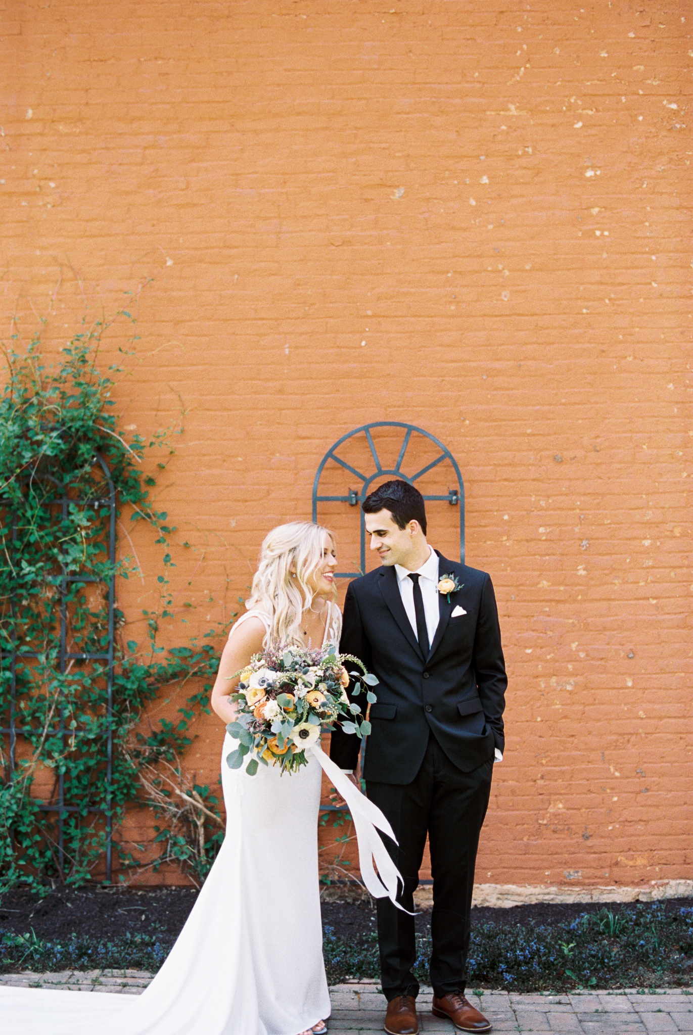 Dayton_CIncinnati_Film_Wedding_Portrait_Photographer-27.jpg