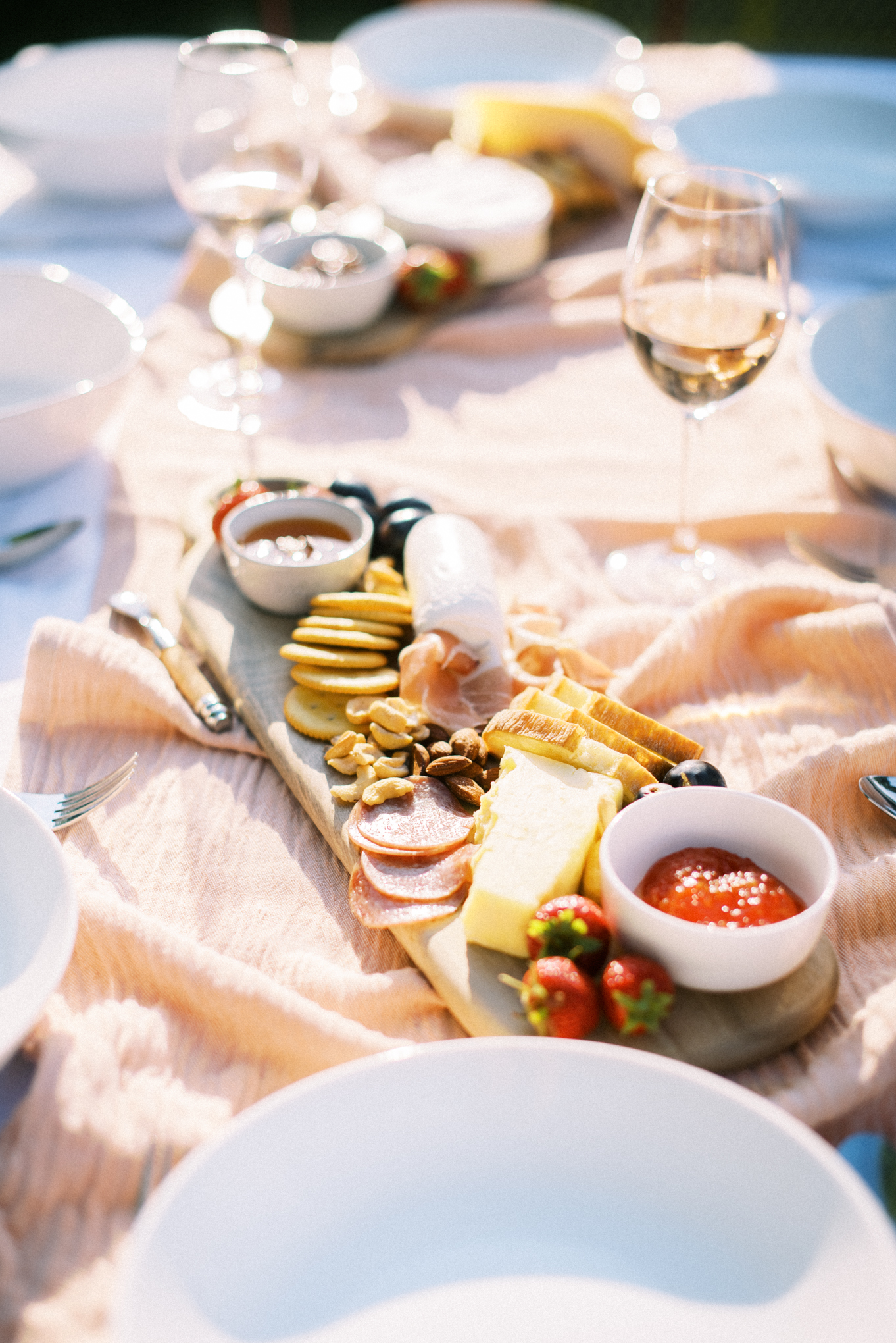 Backyard_Summer_Dinner_Party_Tonya_Espy_Photography-8.jpg