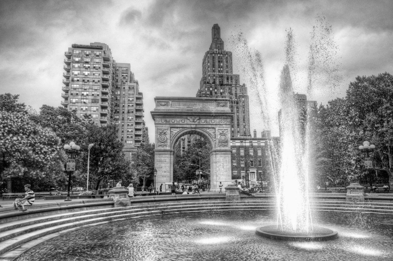 fountain-washington-square-park-BW-copy.jpg