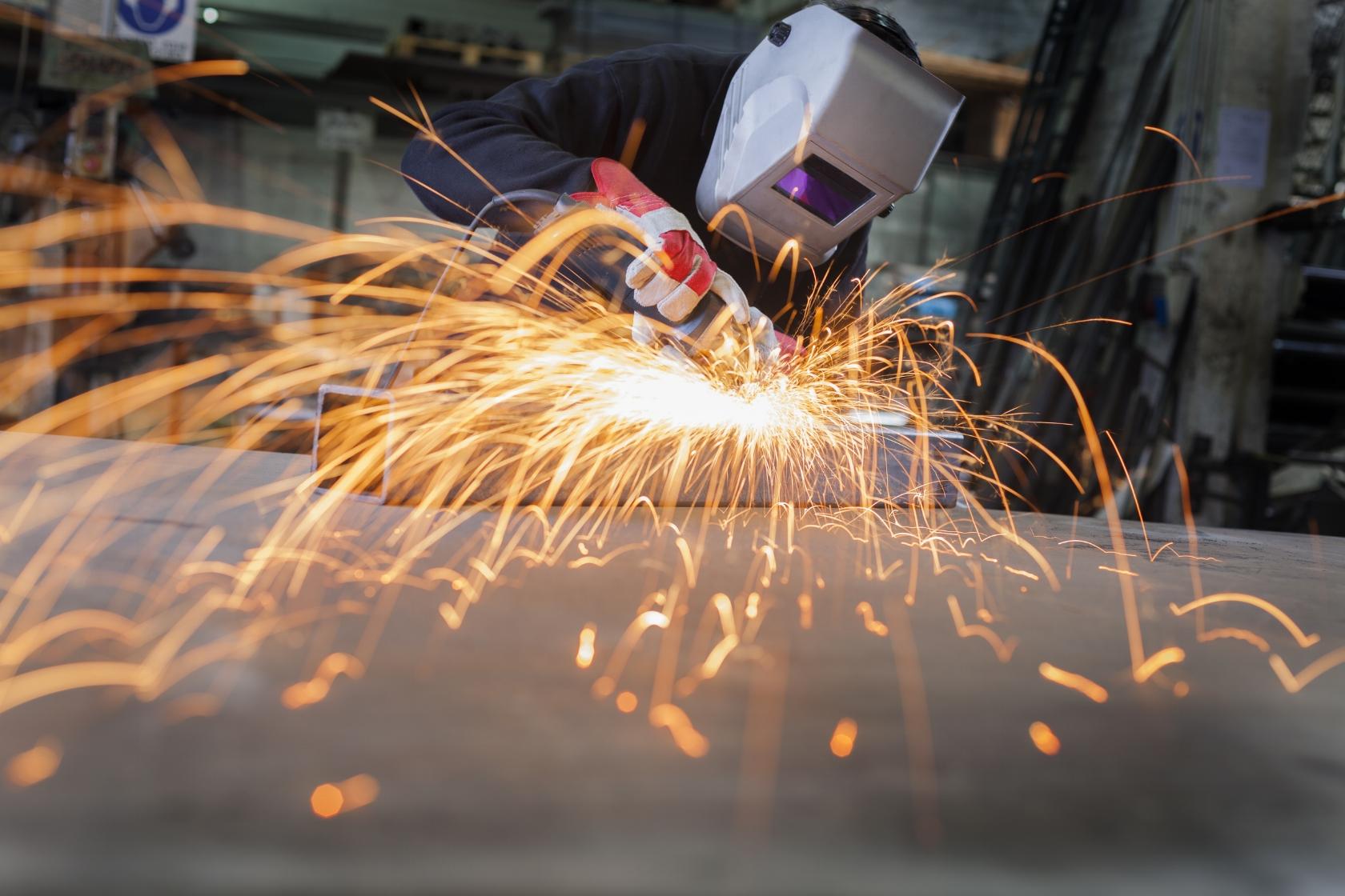 sheetmetal worker.jpg