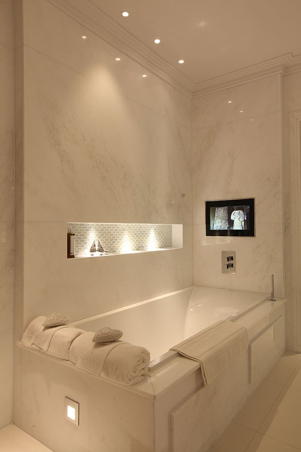 Interior Designers_Winnipeg_Tub and TV.jpg
