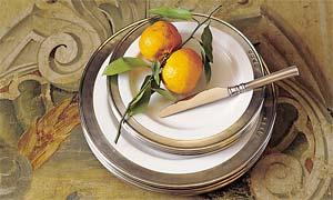 match-pewter-convivio-dinnerware