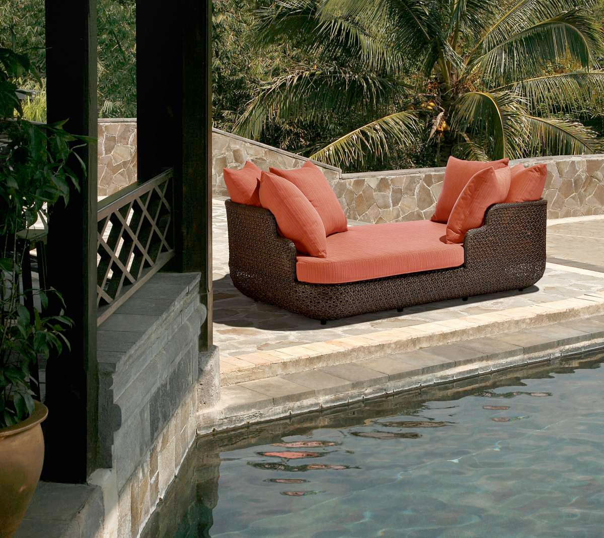 Barlow Tyrie Kirar daybed
