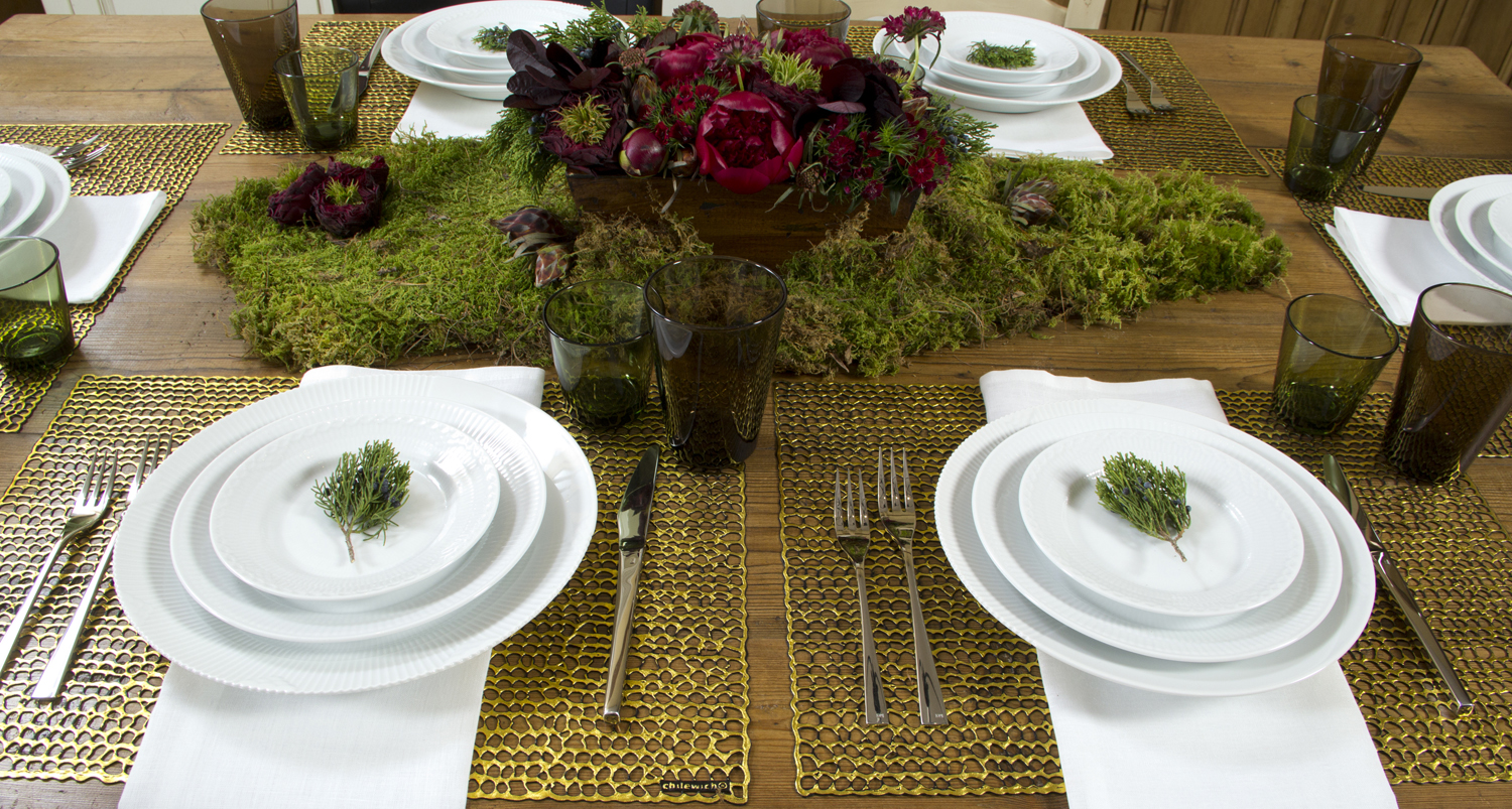 Chilewich Pressed Gilt Placemats in Gold