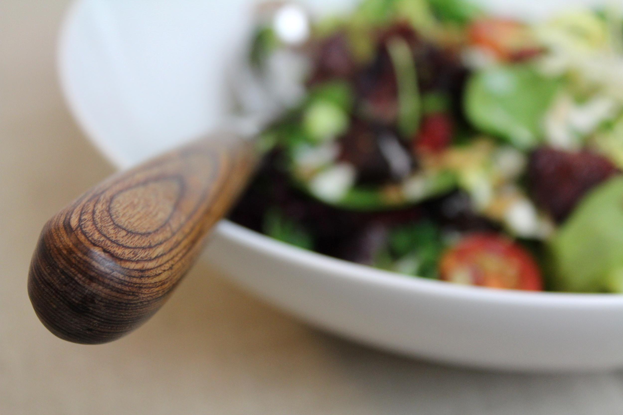 Alessi Mami salad bowl ,  iittala Piano serving set