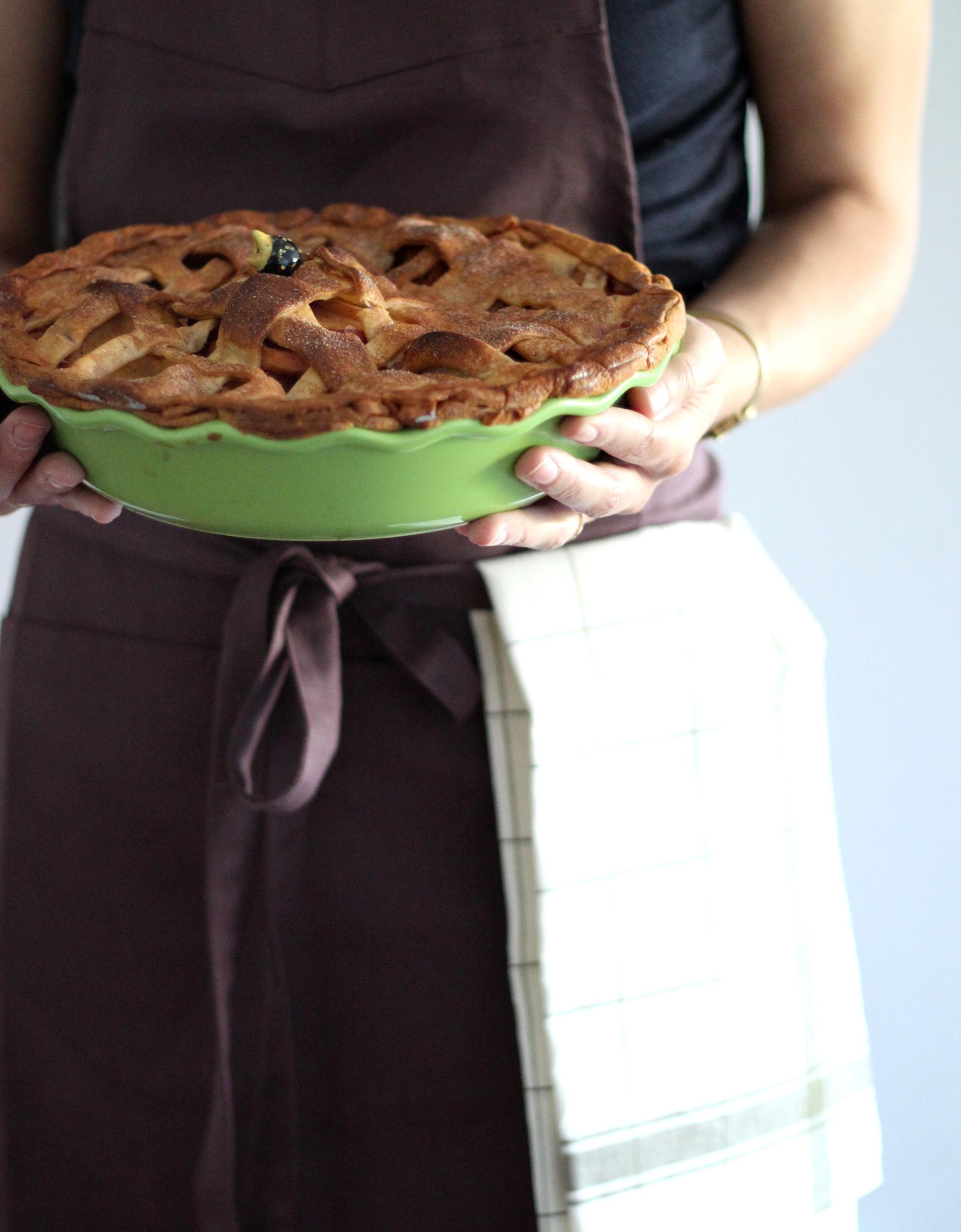 Libeco Home  Bistro Apron , Libeco Home Parma  kitchen towel , Emile Henry  pie dish , Le Creuset  pie bird