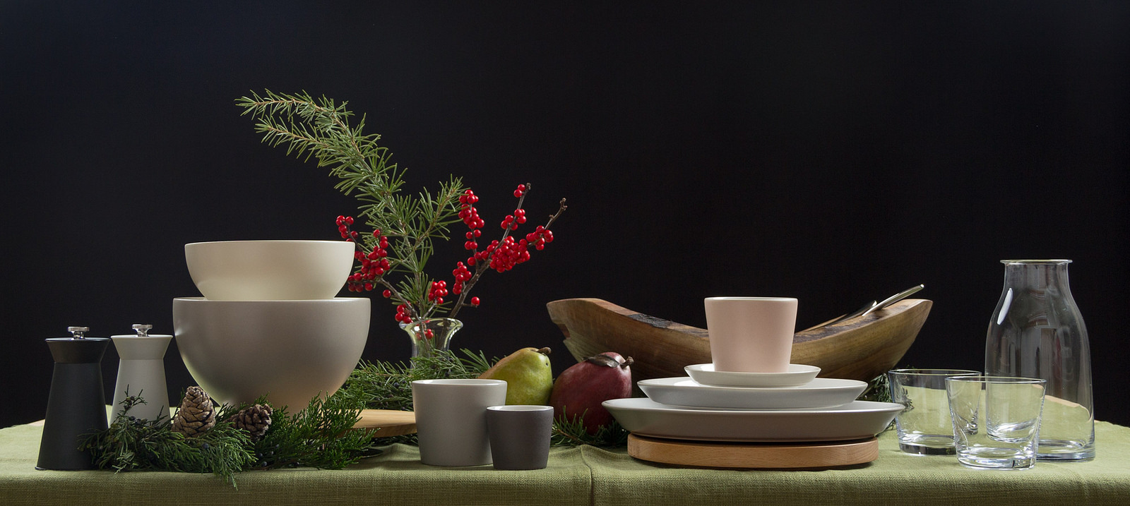 Alessi Tonale dinnerware arranged for holiday serving