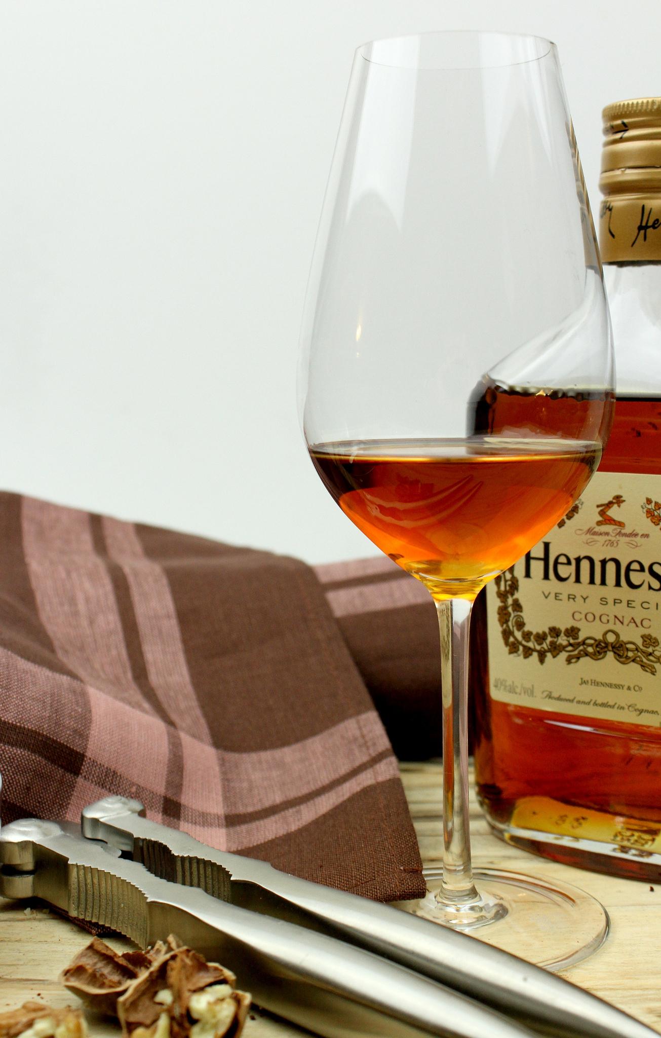 enoteca cognac glass, alessi nut cracker