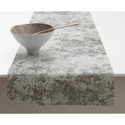 chilewich faded floral tablerunner