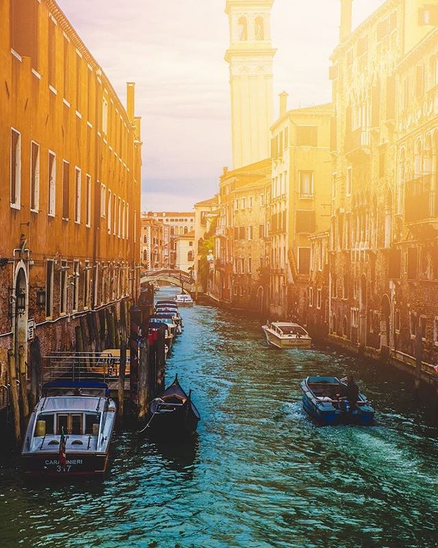 For the record, I'll trade cars for boats any day of the week. #Italy #Venice — 📸#sterlingsanders — @SonyAlpha A9 | @Sony FE 24-70mm | ISO 100 | f7.1 | 1/125 — #getlost #explorer #optoutside #worldshotz #theworldshotz #createexplore #exploretocreate #discoverearth #travelphoto #travelworld #keepexploring #globe_travel #theglobewanderer #roamtheplanet #letsgosomewhere #exploretheglobe #nakedplanet #places_wow #instapassport #instatraveling #igtravel #travelblog #instago #mytravelgram #sonyalpha #alphacollective