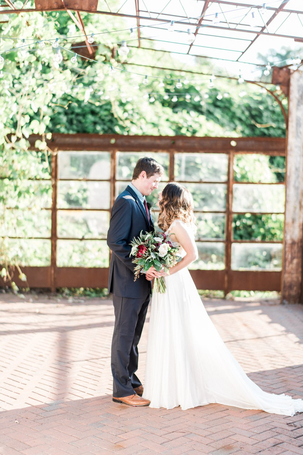 The Standard Knoxville Wedding | Knoxville Wedding Photographer
