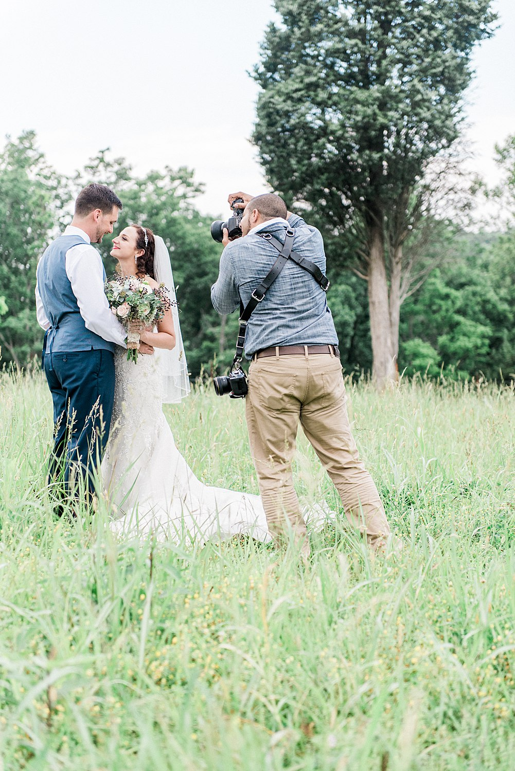 BTS - JuicebeatsPhotography - Knoxville Wedding Photographers_0072.jpg
