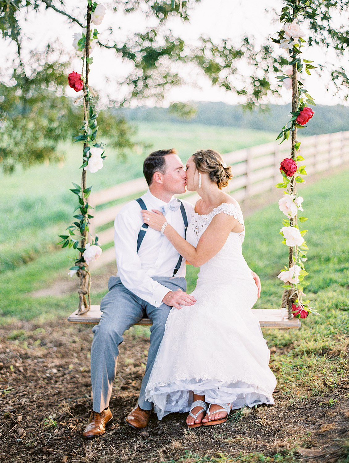 howe farms :: Hayley & Chris   Weddings