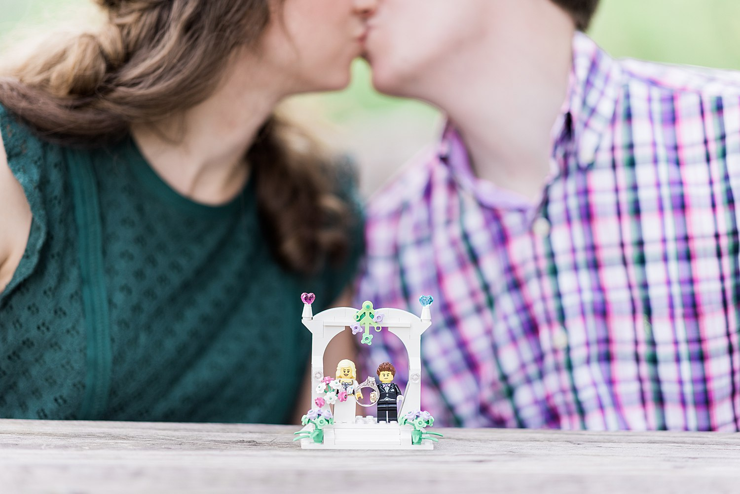 meadsquarryengagement-alice&dan-lego-cake-toppers