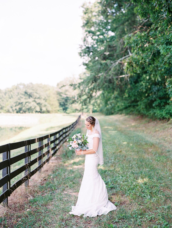 howe-farms-wedding-hayley&chris