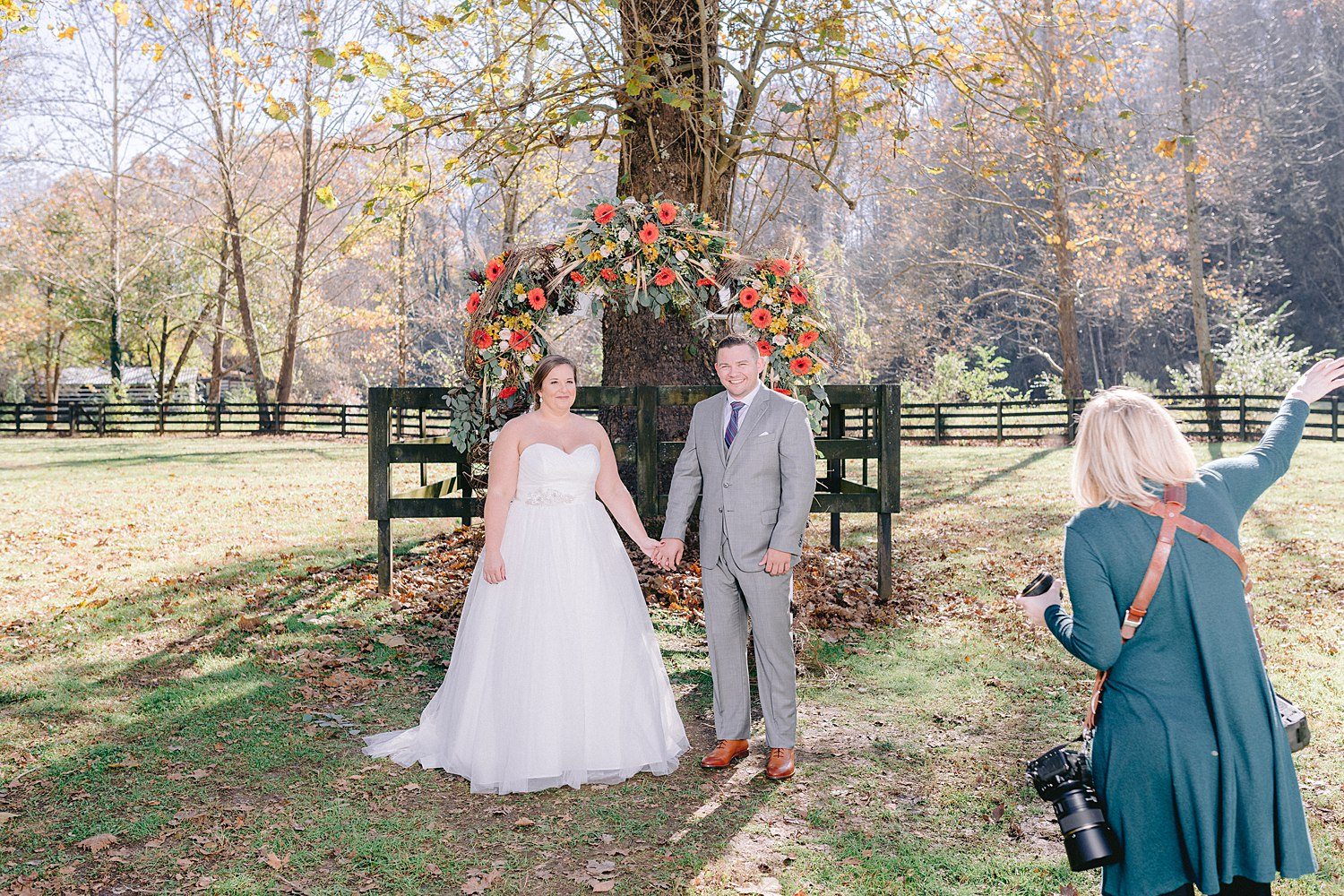 the-stables-at-strawberry-creek-wedding-knoxville-monet&nate