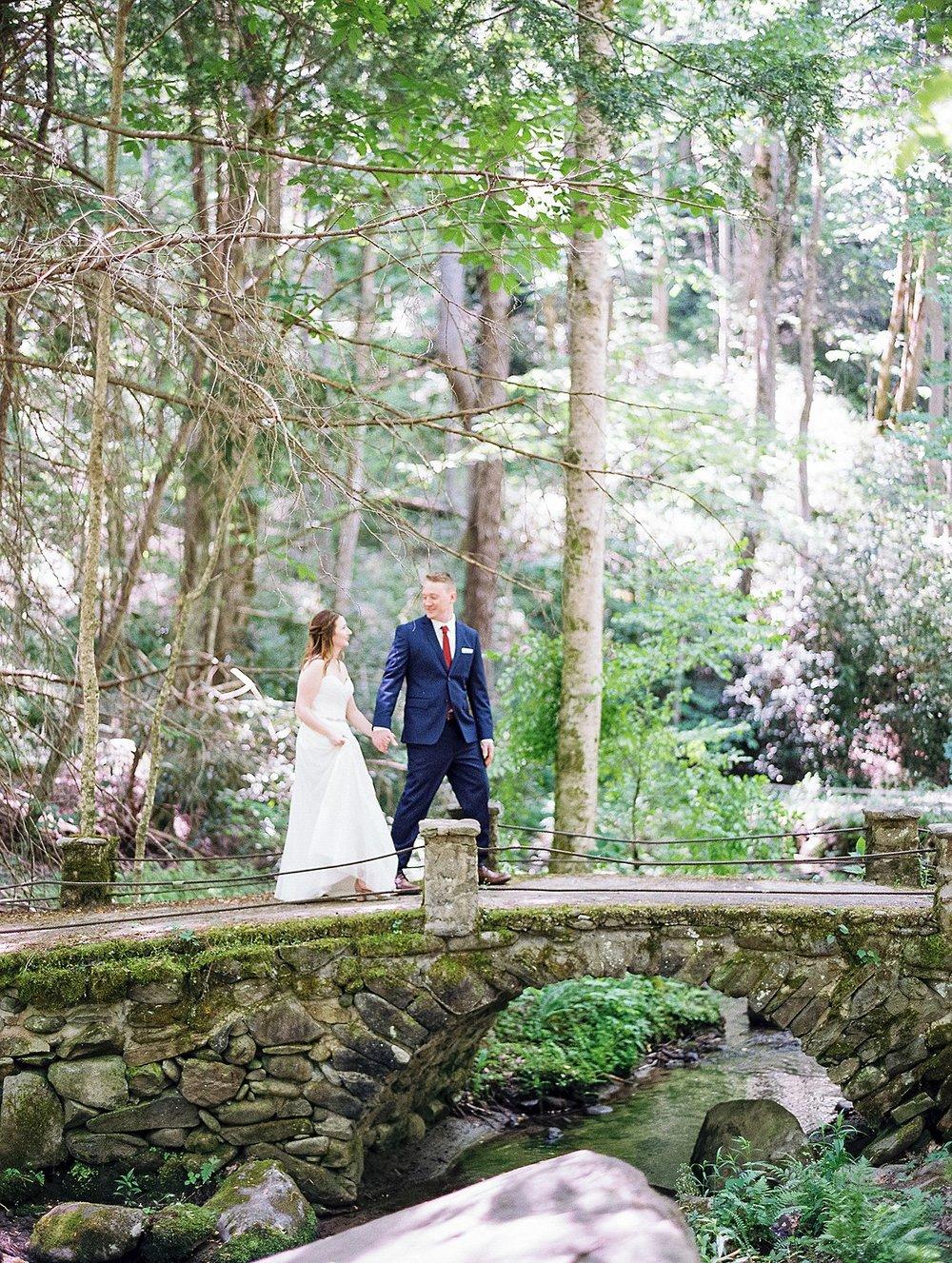 spence-cabin-wedding-kara&ajay