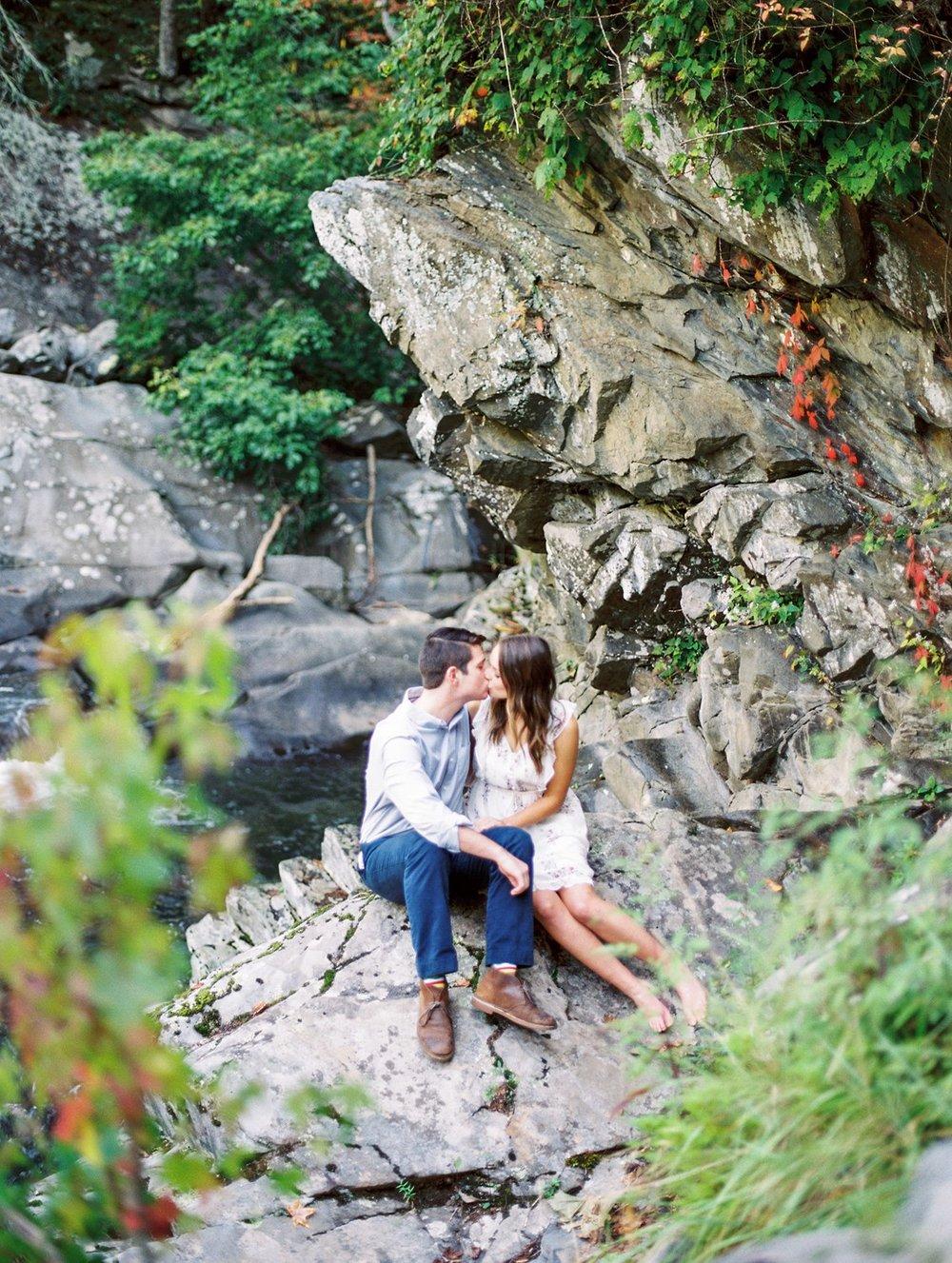 the-sinks-in-gatlinburg-engagement-smoky-mountains-photographer