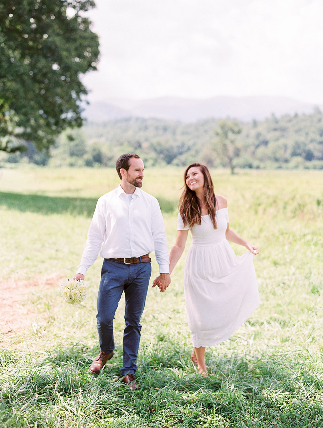 elopement-in-cades-cove-great-smoky-mountains-wedding-photographer