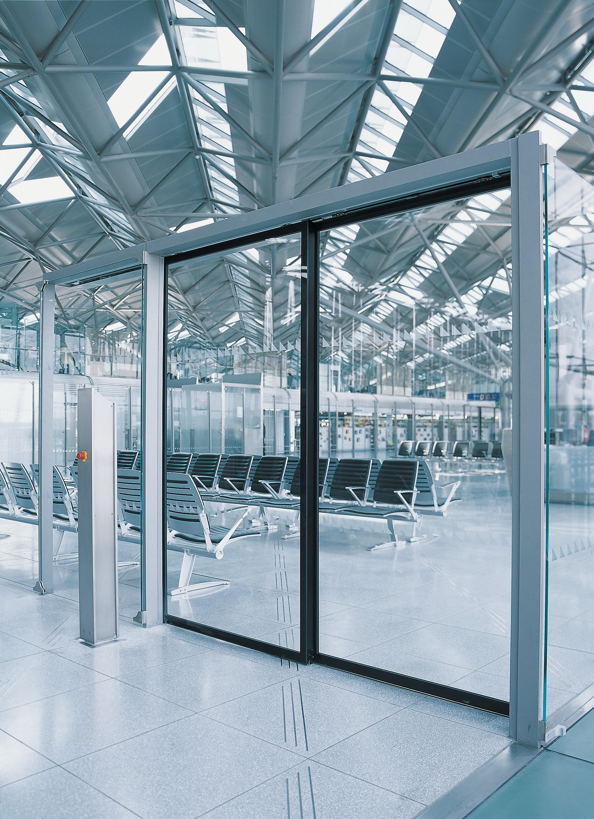 Slimdrive_SLT_Flughafen_47678.jpg