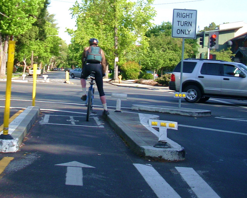 Source https://www.flickr.com/photos/bike/2487987959