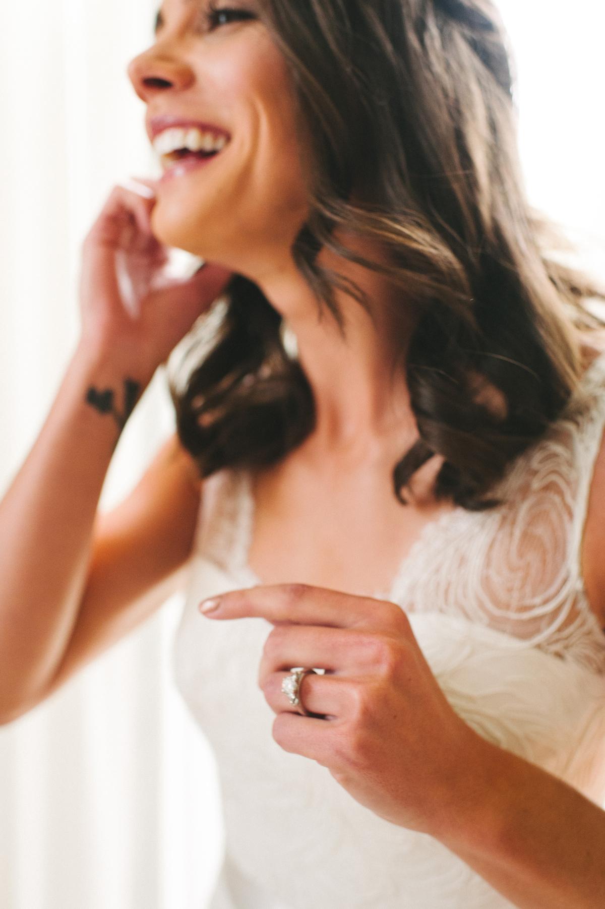 070-beaver-creek--park-hyatt--bride--wedding-photo--dress--earring-.jpg