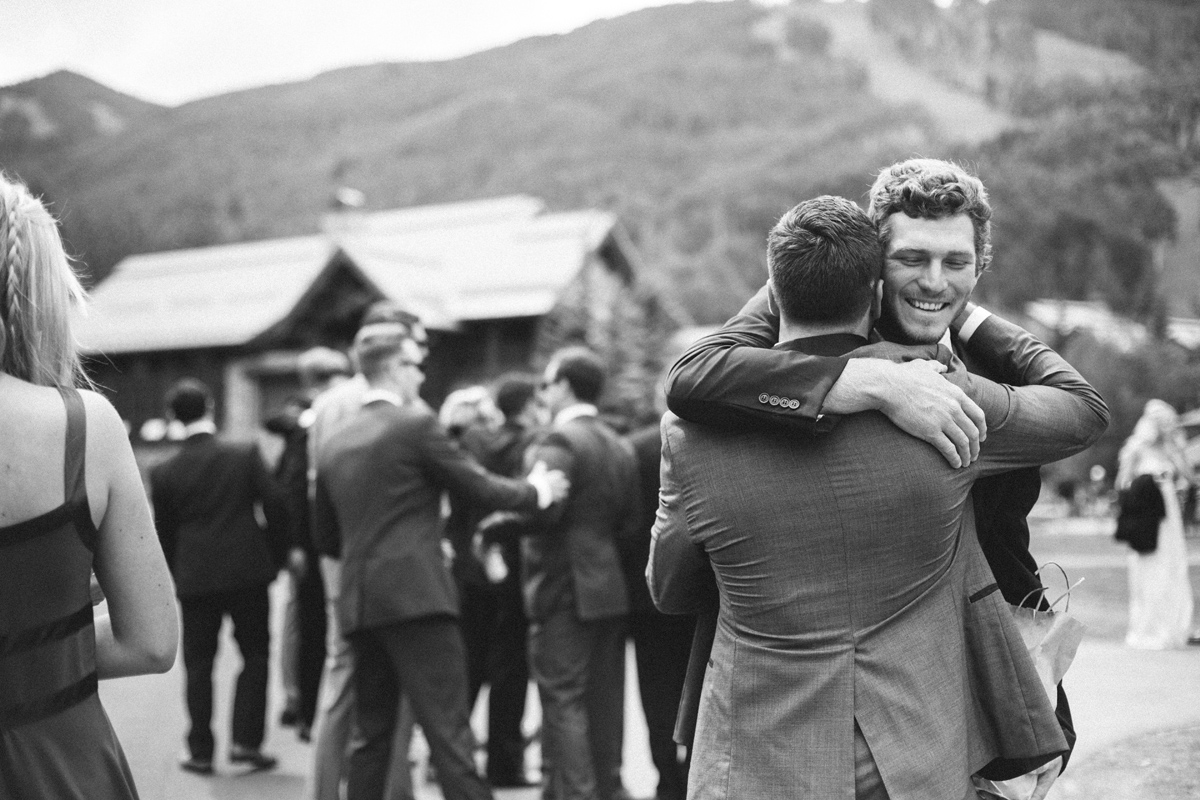 081-beaver-creek--groom--wedding-photo--black-and-white.jpg