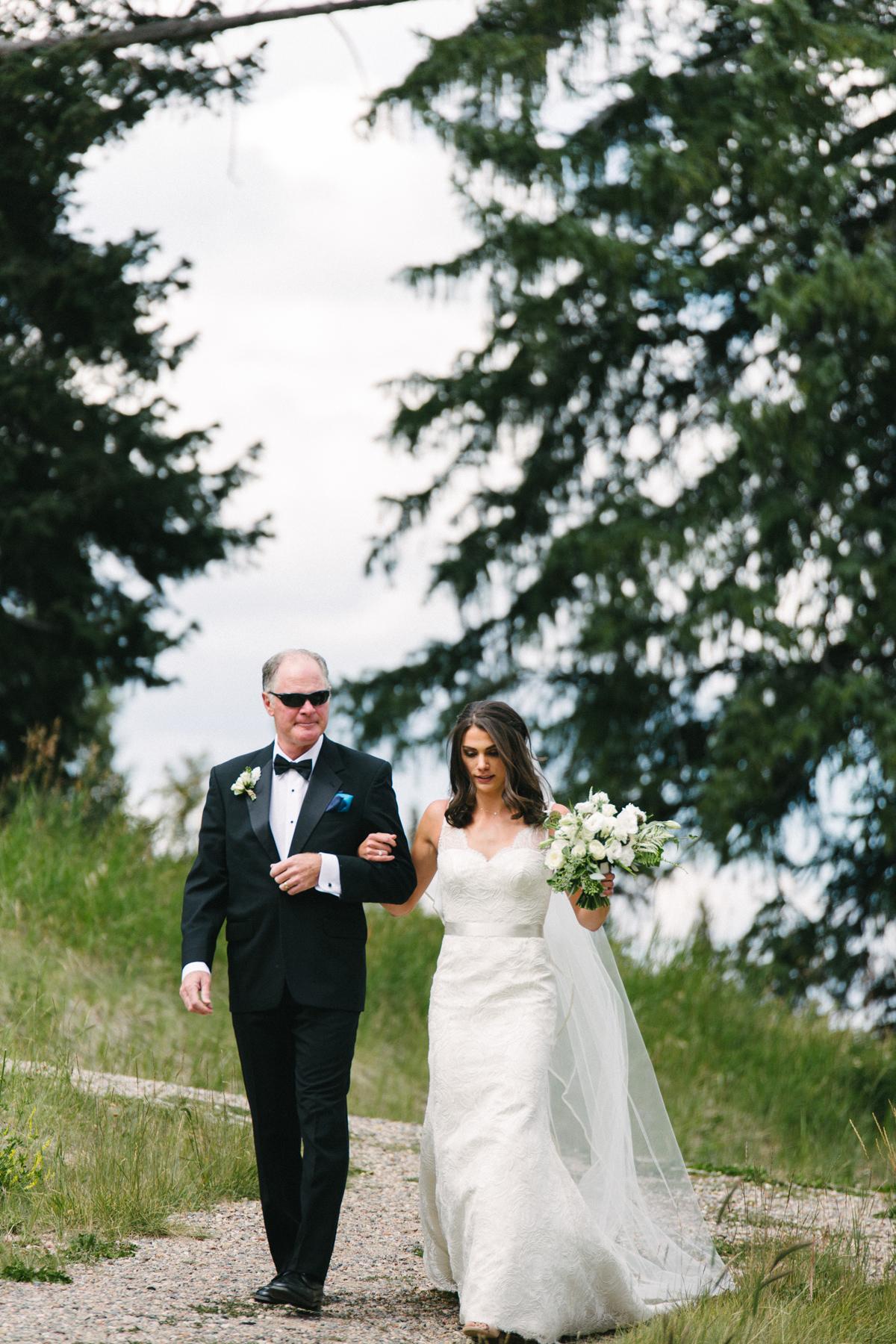 113-beaver-creek--bride--wedding-processional--dad.jpg