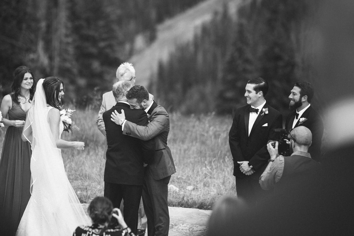 127-beaver-creek--bride--wedding-processional--dad--groom--emotional--black-and-white.jpg