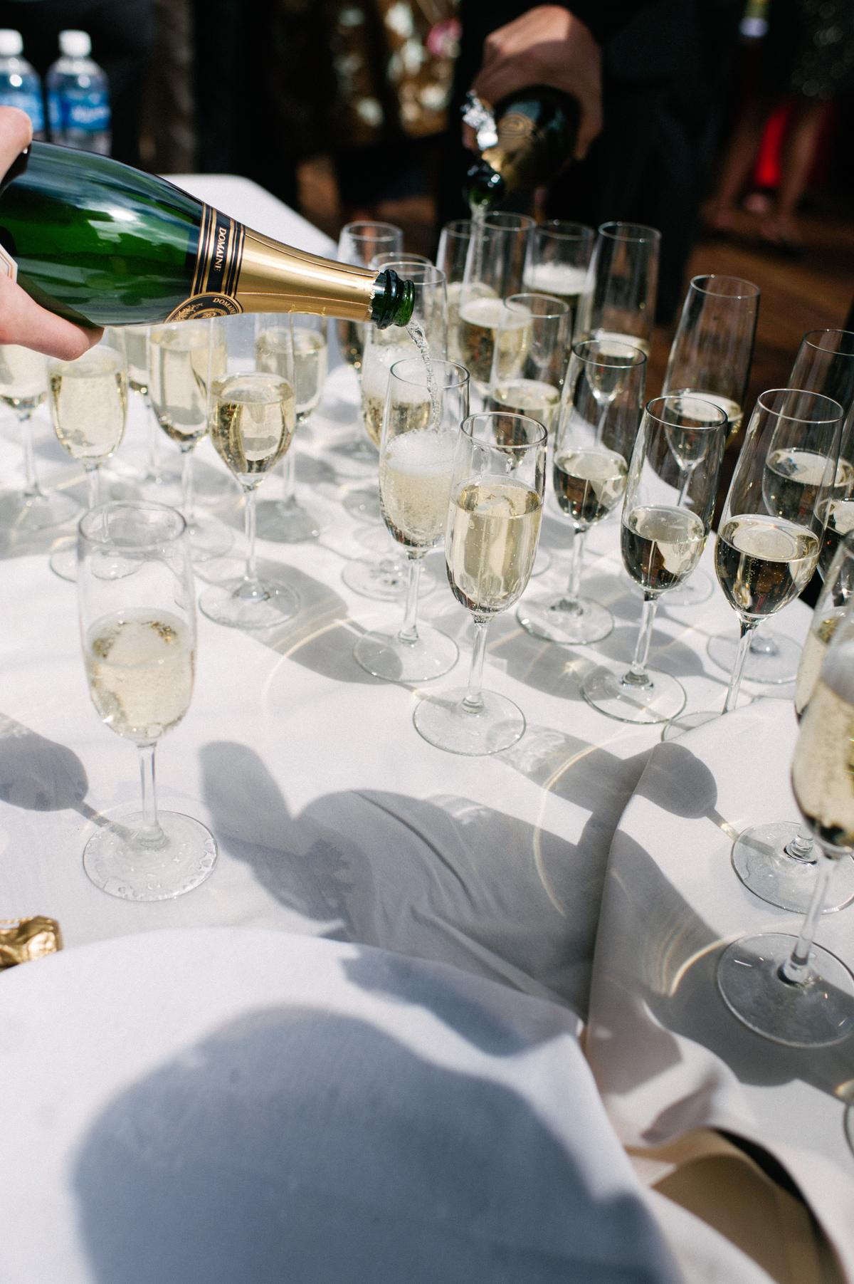 326-beaver-creek--mountain-top-wedding--cocktail-hour--champagne.jpg