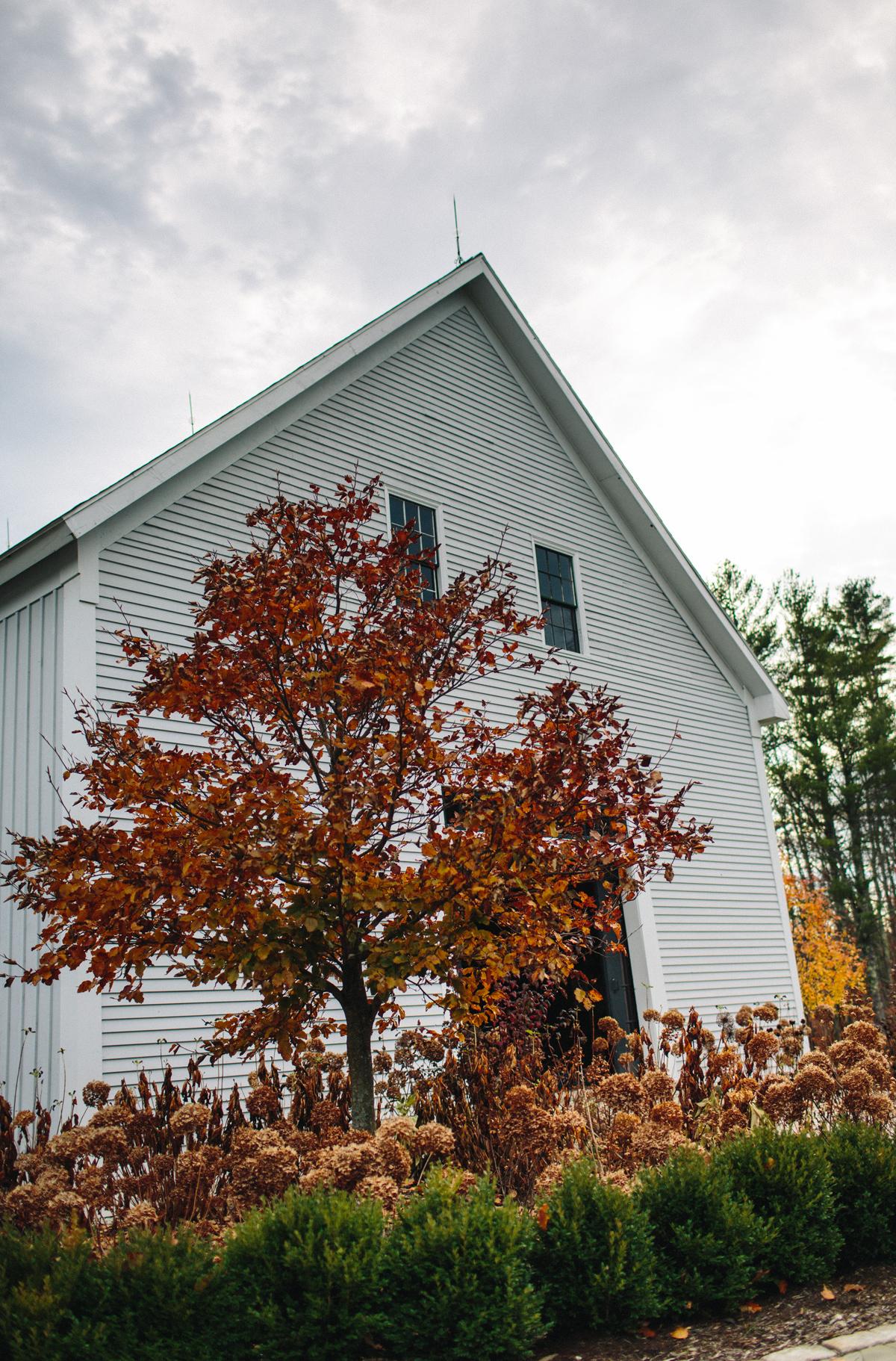 027-wedding-photography--rustic--intimate--farm--portland--maine--flannagan-farm.jpg