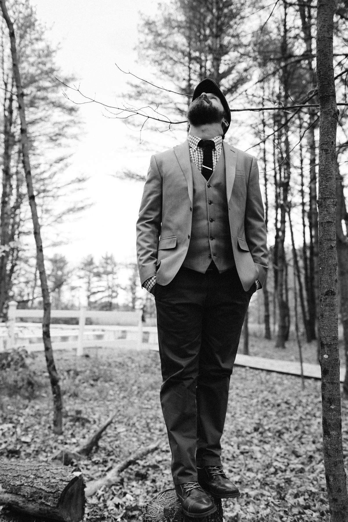 095-wedding-photography--rustic--intimate--farm--portland--maine--flannagan-farm.jpg