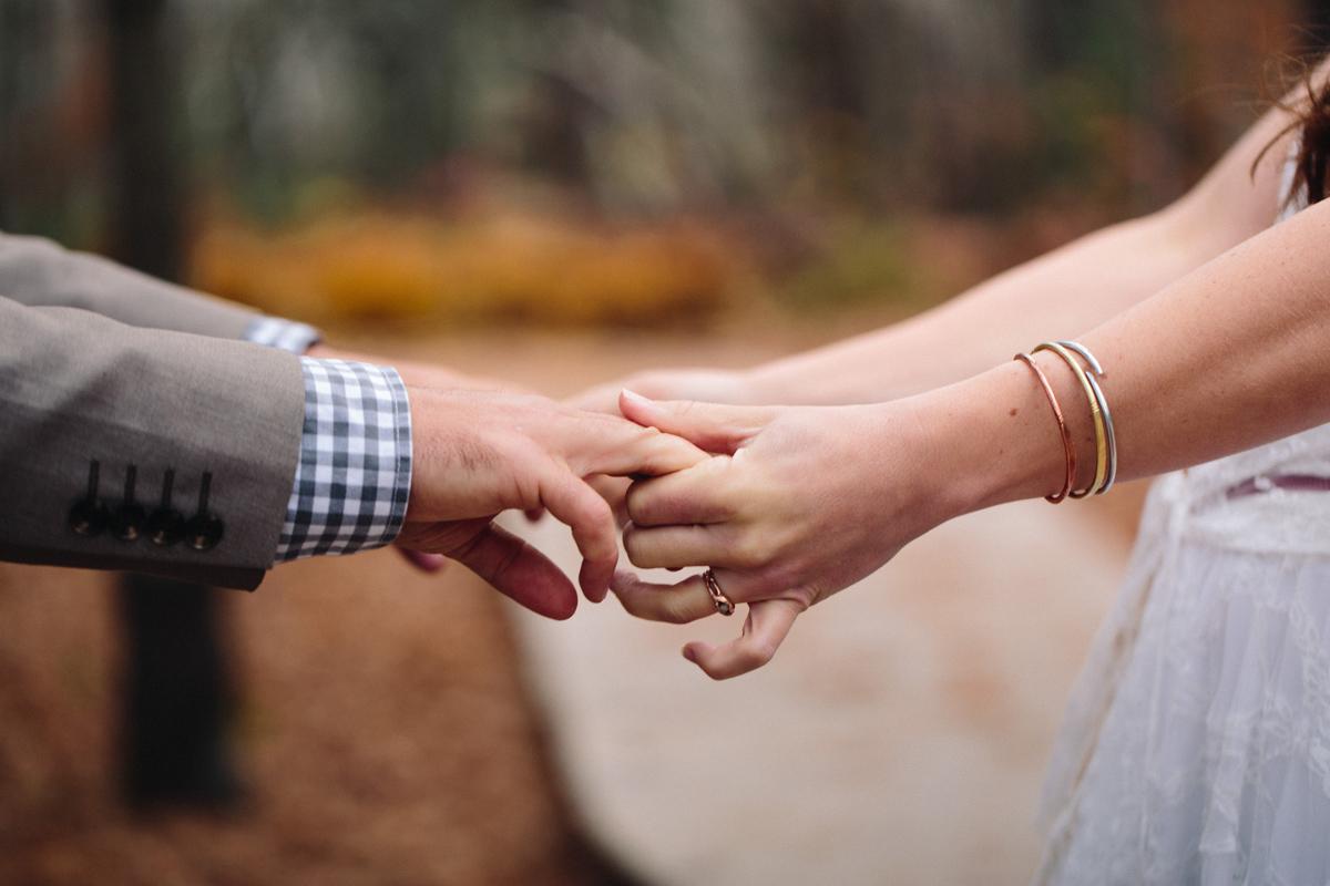 108-wedding-photography--rustic--intimate--farm--portland--maine--flannagan-farm.jpg