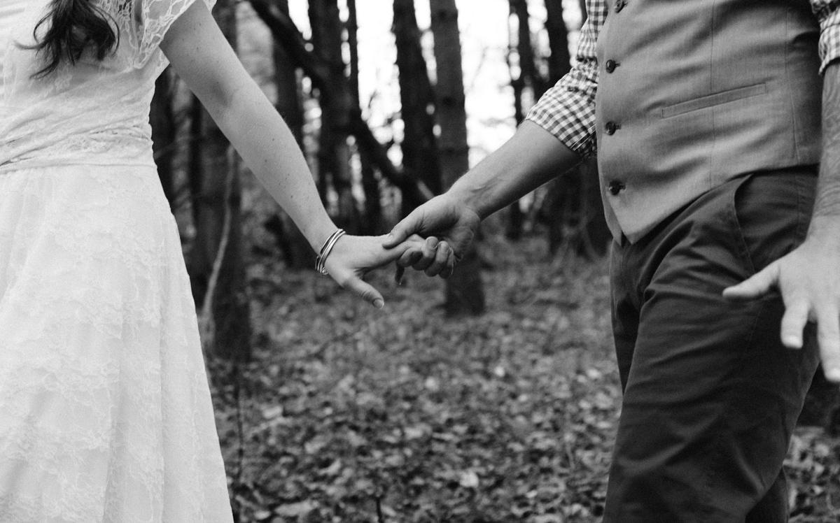 119-wedding-photography--rustic--intimate--farm--portland--maine--flannagan-farm.jpg
