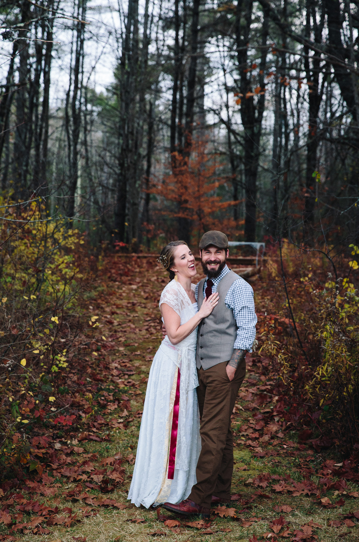 123-wedding-photography--rustic--intimate--farm--portland--maine--flannagan-farm.jpg