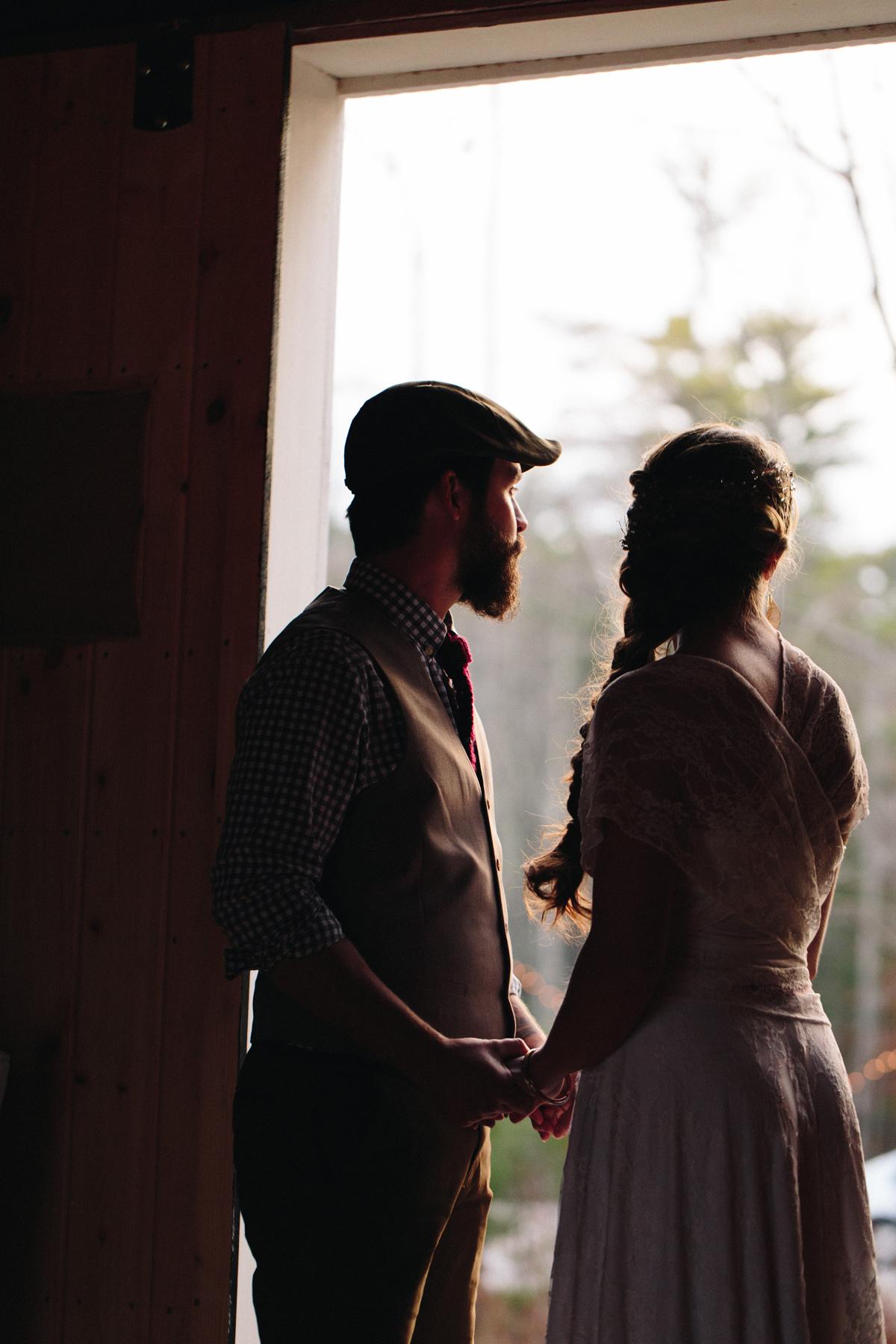 134-wedding-photography--rustic--intimate--farm--portland--maine--flannagan-farm.jpg