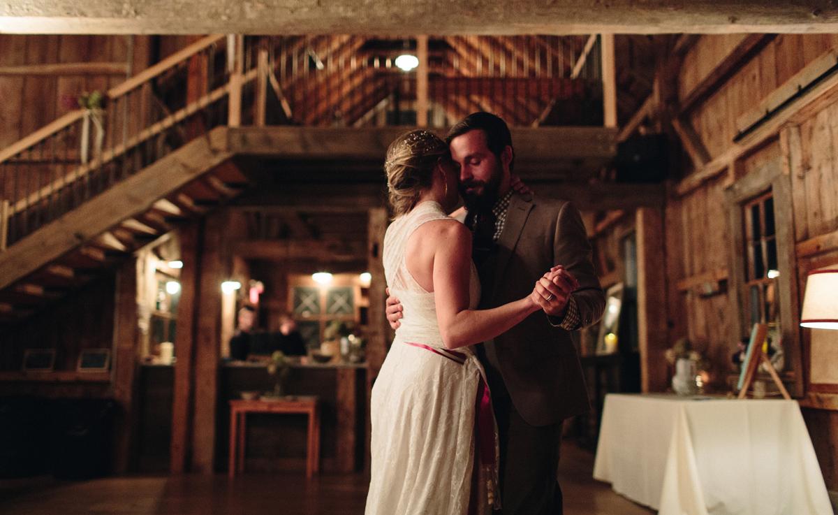 171-wedding-photography--rustic--intimate--farm--portland--maine--flannagan-farm.jpg