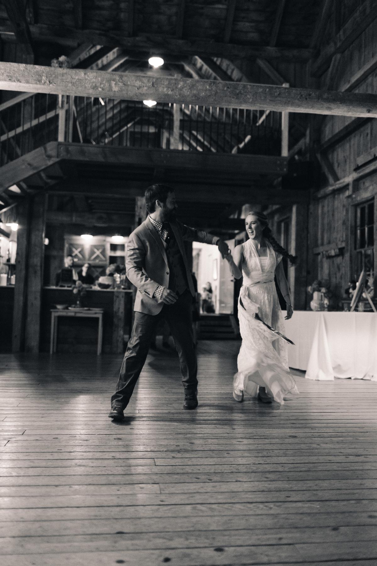 172-wedding-photography--rustic--intimate--farm--portland--maine--flannagan-farm.jpg