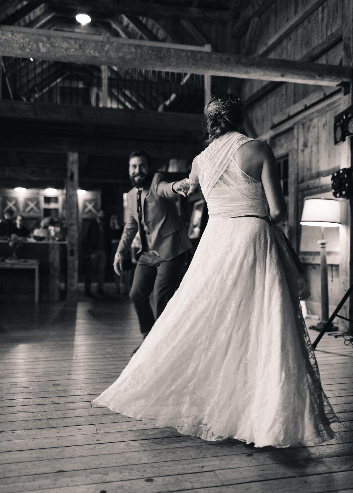 174-wedding-photography--rustic--intimate--farm--portland--maine--flannagan-farm.jpg