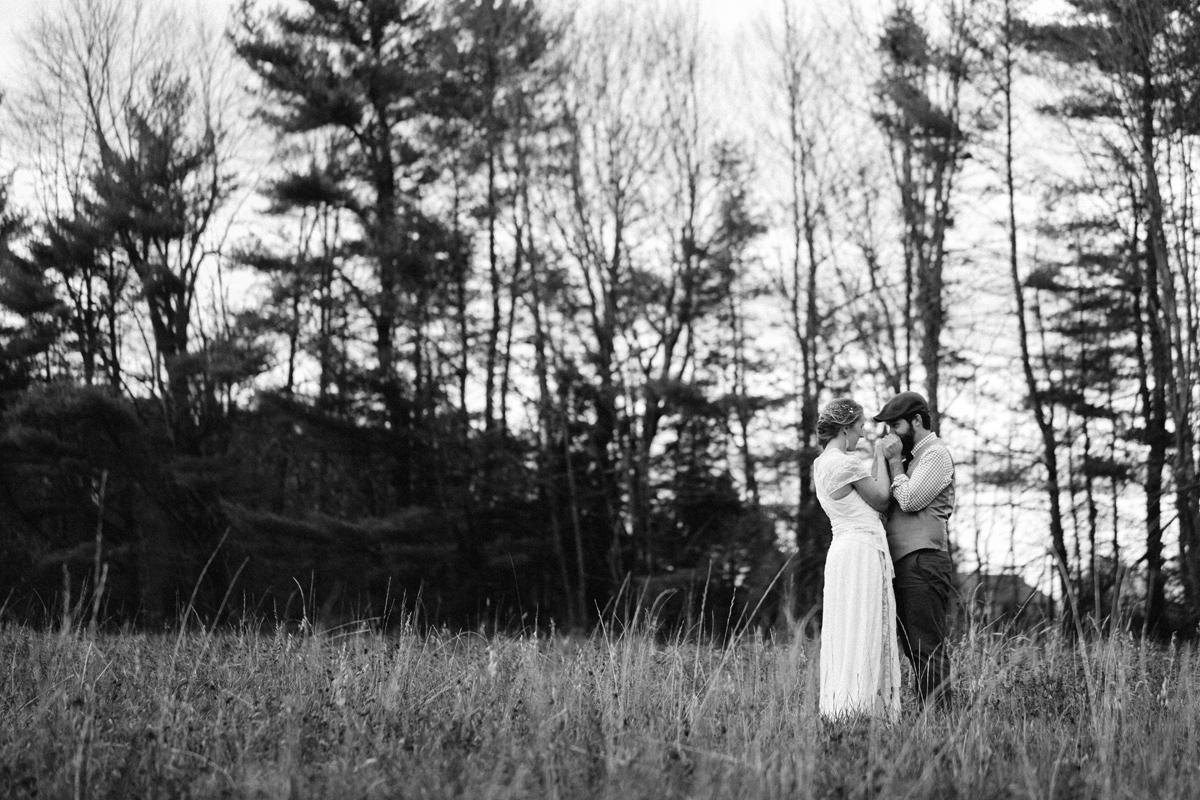 209-wedding-photography--rustic--intimate--farm--portland--maine--flannagan-farm.jpg