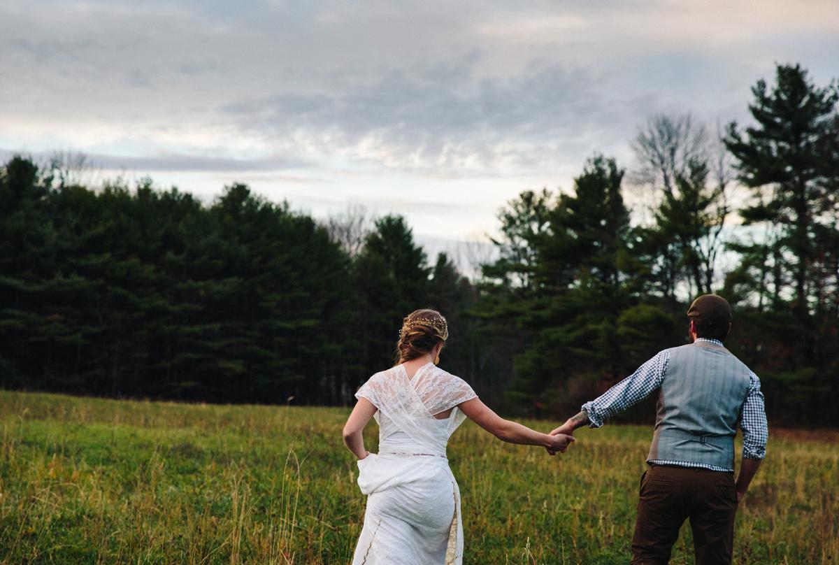 214-wedding-photography--rustic--intimate--farm--portland--maine--flannagan-farm.jpg