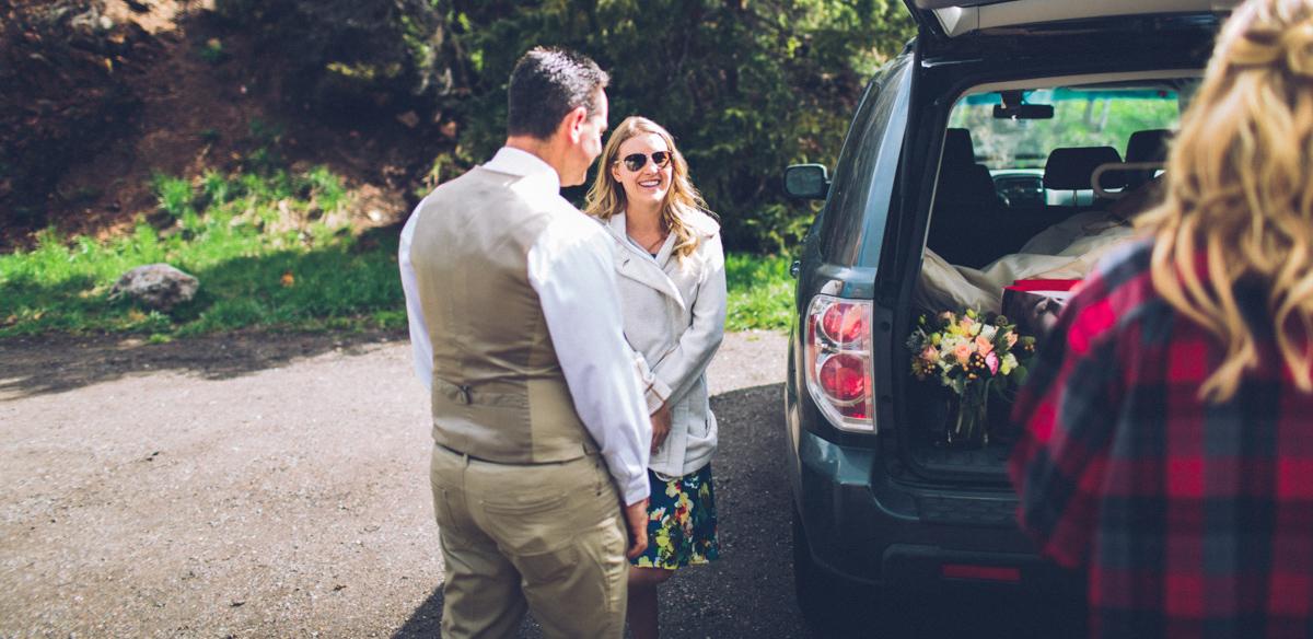 043-elopement--photography--colorado--mountain--vail--snow--intimate--wedding.jpg