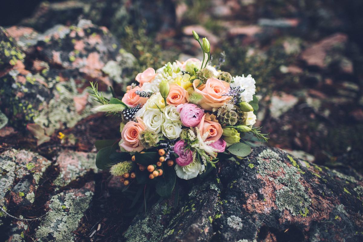 058-elopement--photography--colorado--mountain--vail--snow--intimate--wedding.jpg
