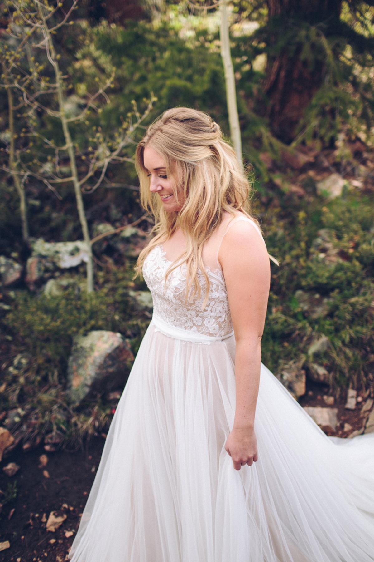 069-elopement--photography--colorado--mountain--vail--snow--intimate--wedding.jpg
