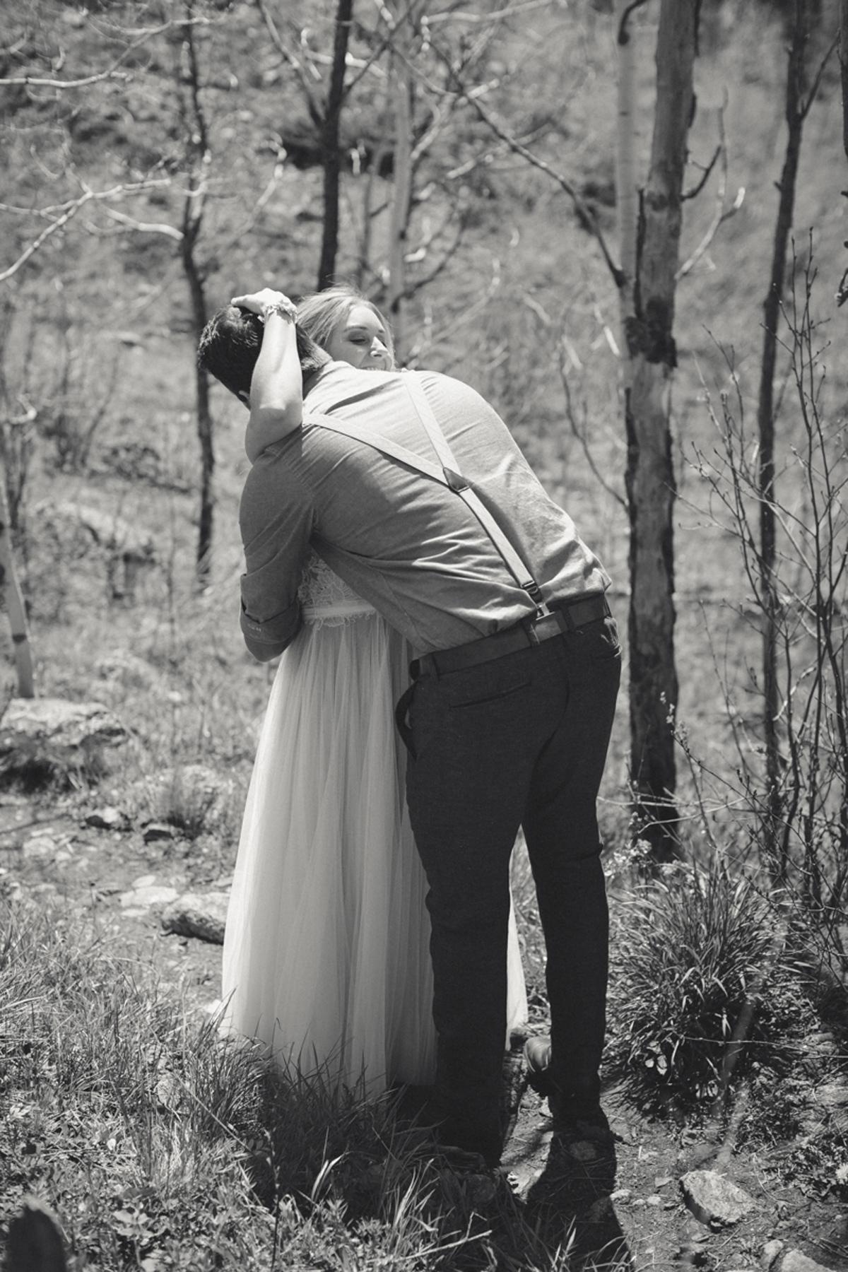 075-elopement--photography--colorado--mountain--vail--snow--intimate--wedding.jpg