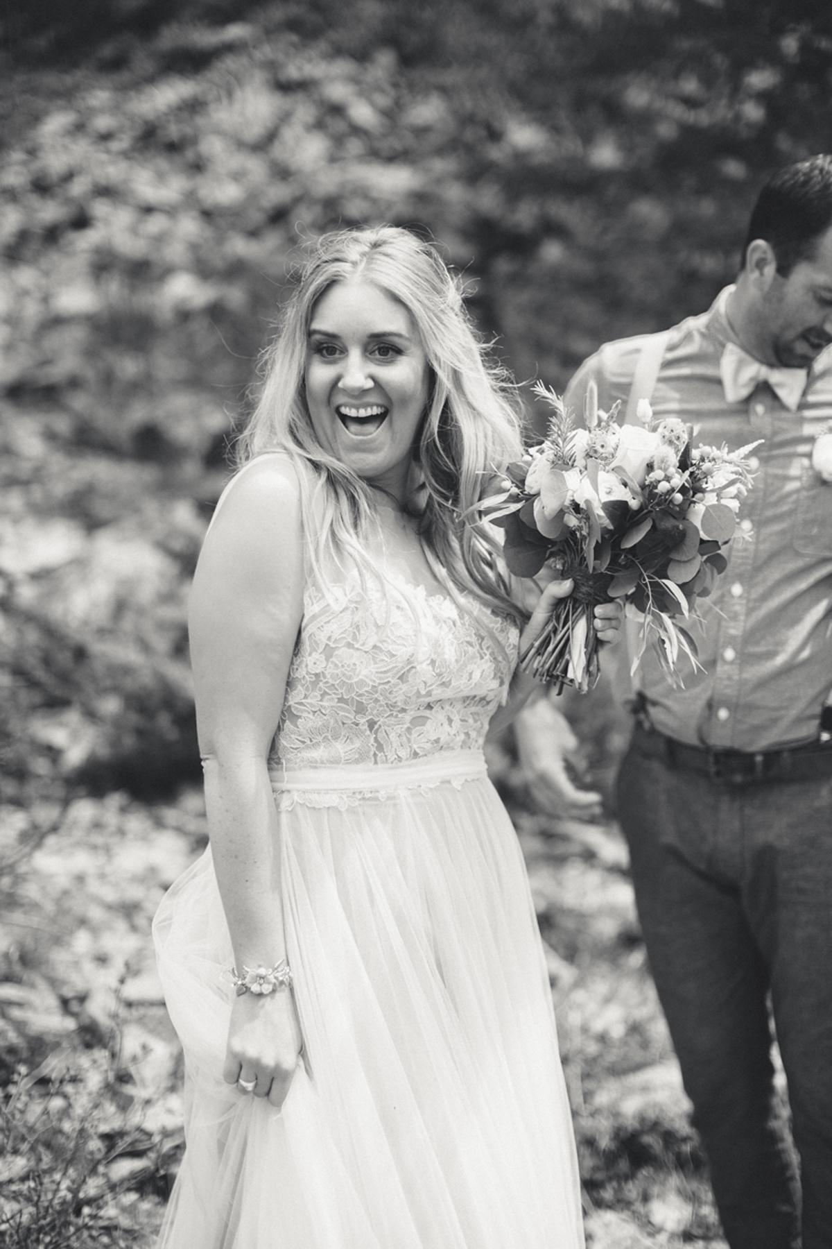 112-elopement--photography--colorado--mountain--vail--snow--intimate--wedding.jpg