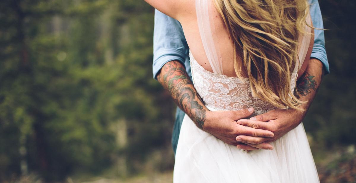 146-elopement--photography--colorado--mountain--vail--snow--intimate--wedding.jpg