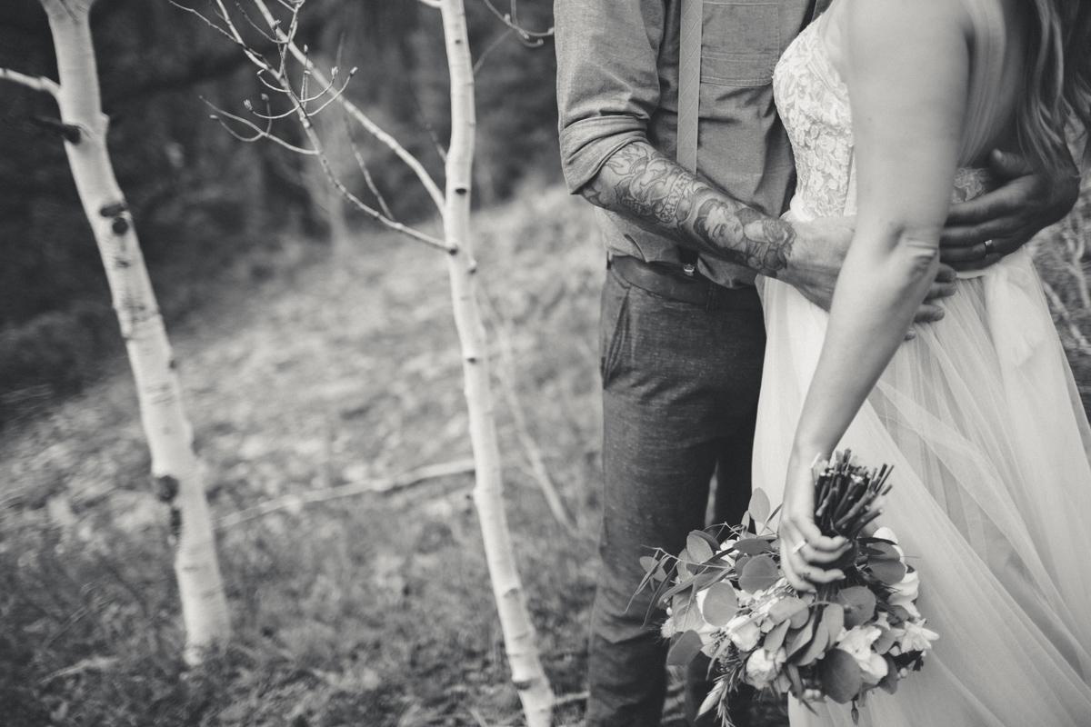 151-elopement--photography--colorado--mountain--vail--snow--intimate--wedding.jpg