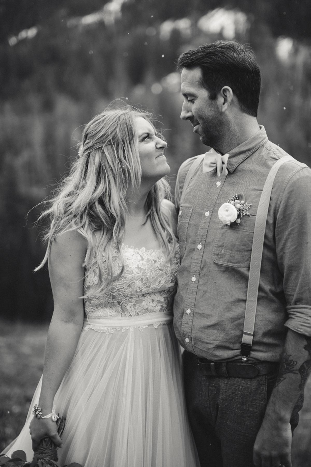 159-elopement--photography--colorado--mountain--vail--snow--intimate--wedding.jpg