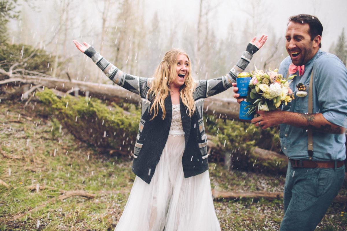 175-elopement--photography--colorado--mountain--vail--snow--intimate--wedding.jpg